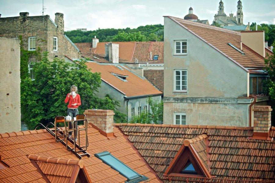 Ridged Roof Furniture by Ainė Bunikytė. Credits Kernius Pauliukonis - Bastart