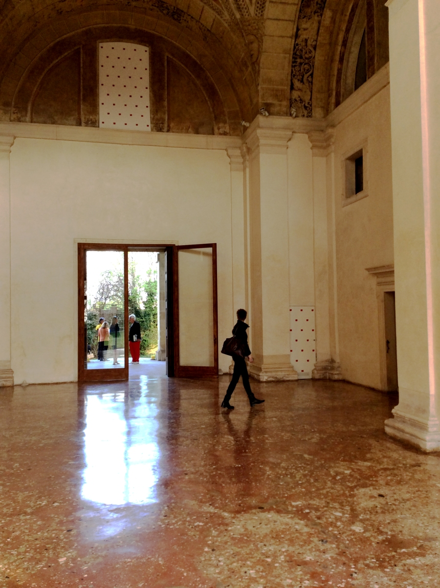 The entrance hall of the Villa Pisani