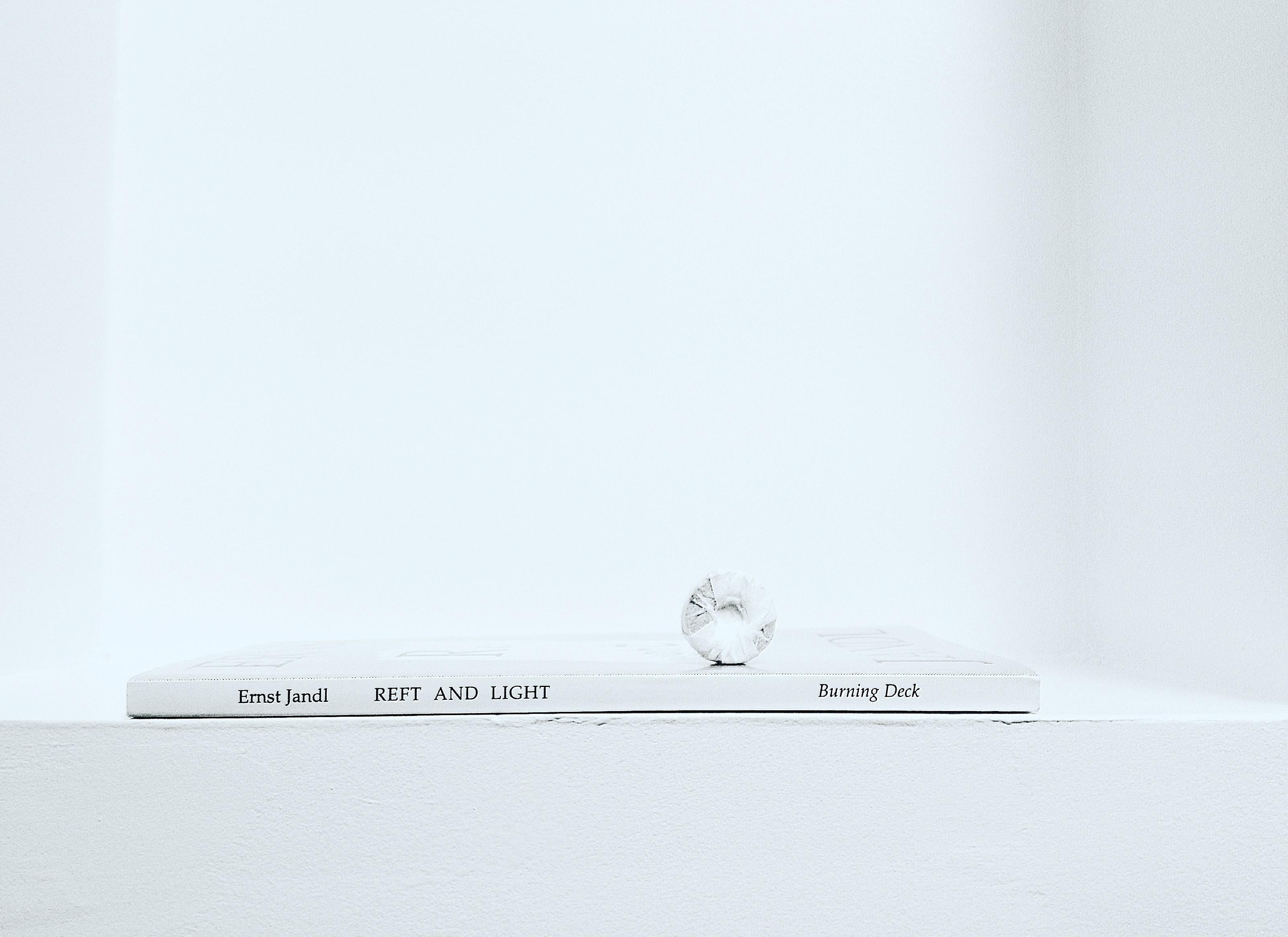 Reft and Light by Ernst Jandl. Foto Jurga Po Alessi